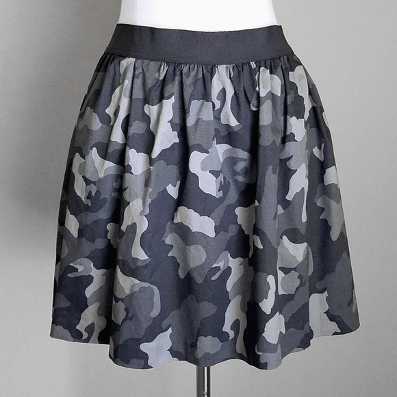 Banana Republic Dresses & Skirts - Banana Republic Gray Camo A-Line Mini Skirt